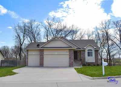 Manhattan Single Family Home For Sale: 5133 Bramblewood Drive