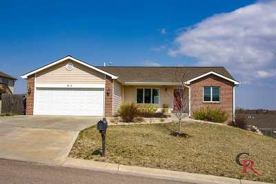 Single Family Home For Sale: 5216 Stone Crest Dr.