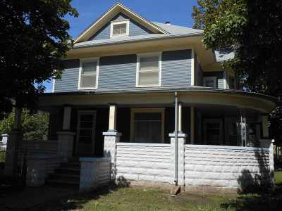 Clay Center Single Family Home For Sale: 337 Crawford Street