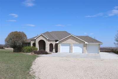 Manhattan Single Family Home For Sale: 6644 Tuttle Creek Blvd