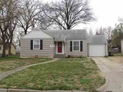 Junction City Single Family Home For Sale: 733 W 4th Street