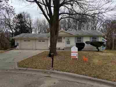 Single Family Home For Sale: 1503 Washburn Circle