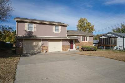 Single Family Home For Sale: 2220 McFarland Road