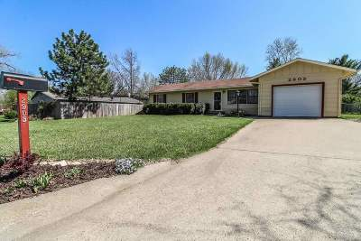 Manhattan Single Family Home For Sale: 2905 Gary Avenue