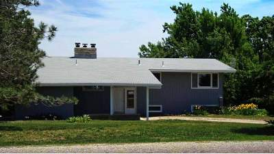 Manhattan Single Family Home For Sale: 9306 Blue Ridge Road