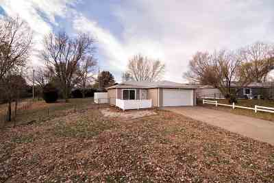 Ogden Single Family Home For Sale: 302 Appaloosa Trail