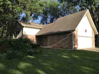 Manhattan Single Family Home For Sale: 1632 Virginia Drive