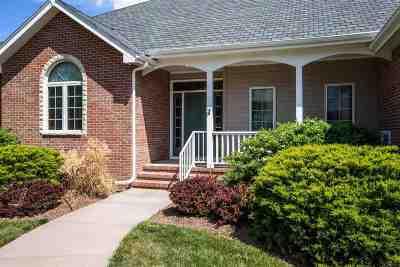 Manhattan Single Family Home For Sale: 4113 Wellington Drive