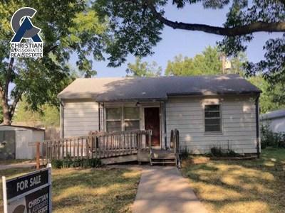 Manhattan Single Family Home For Sale: 2128 Blaker Drive