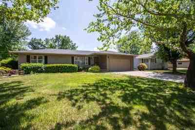 Herington Single Family Home For Sale: 407 E Lewerenz