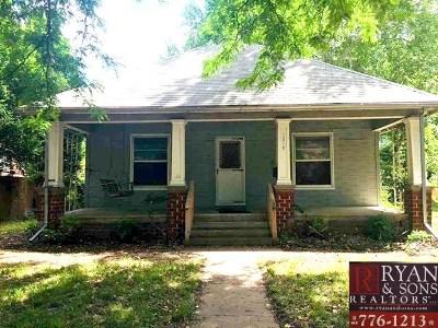 Manhattan Single Family Home For Sale: 1219 Houston