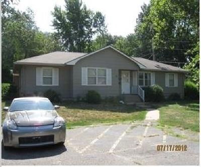 Manhattan Multi Family Home For Sale: 3213 Claflin