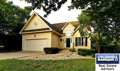 Manhattan Single Family Home For Sale: 1705 Hudson Avenue