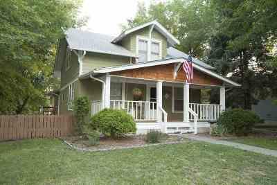 Wakefield Single Family Home For Sale: 901 Juniper Street