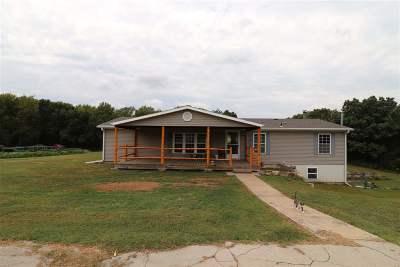 Junction City Single Family Home For Sale: 5194 Davis Creek Road