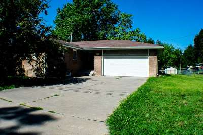 Junction City Single Family Home For Sale: 1324 S Garfield