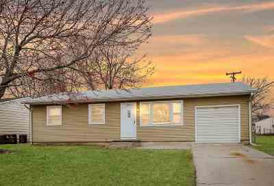 Junction City Single Family Home For Sale: 906 Highland Drive