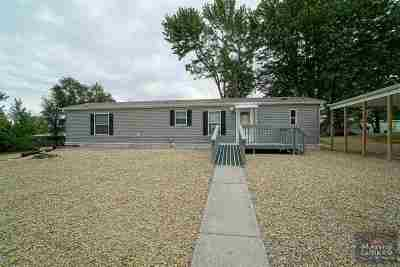 Junction City Single Family Home For Sale: 824 Plaza