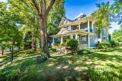Single Family Home For Sale: 415 Vine Street