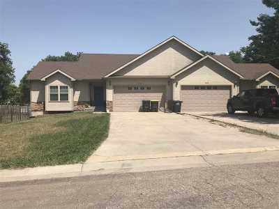 Wabaunsee County Single Family Home For Sale: 1038 Kansas Ave