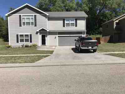 Junction City Single Family Home For Sale: 801 S Clay Street