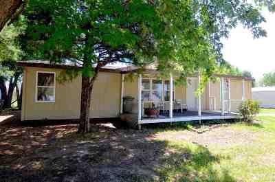 Manhattan Single Family Home For Sale: 2828 Nelson's Landing