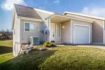 Manhattan Single Family Home For Sale: 1313 Newfoundland