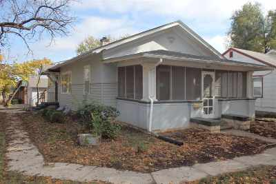Single Family Home For Sale: 405 S Jefferson Street