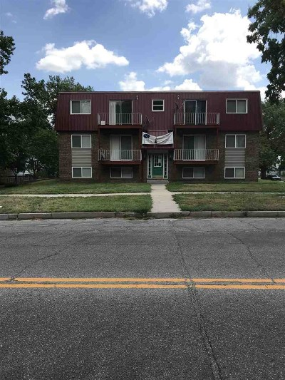 Junction City Multi Family Home For Sale: 239 S Jefferson Street