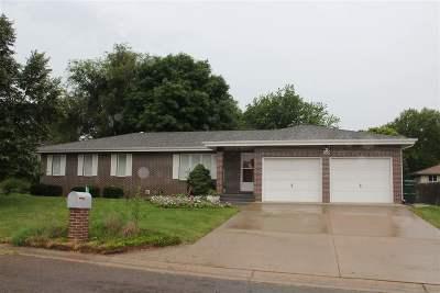 Abilene Single Family Home For Sale: 1600 Jayhawk Drive