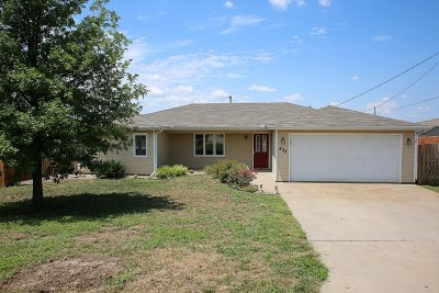 Ogden Single Family Home For Sale: 438 Clydesdale Drive