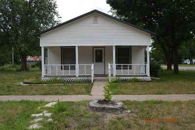 Wabaunsee County Single Family Home For Sale: 221 Main Street