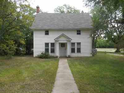 Enterprise Single Family Home For Sale: 120 S Tell Street