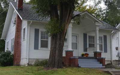 Abilene Single Family Home For Sale: 111 NE 9th Street