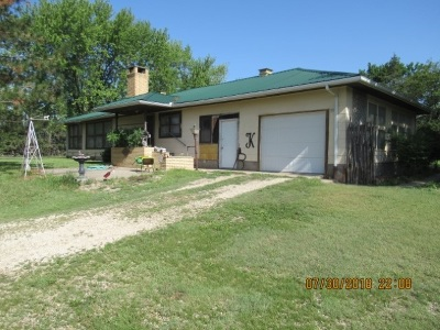 Herington Single Family Home For Sale: 1535 S 2500 Road