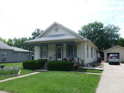 Herington Single Family Home For Sale: 15 S 12th Street