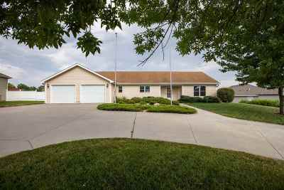 Wamego Single Family Home For Sale: 312 Jc Rogers Drive