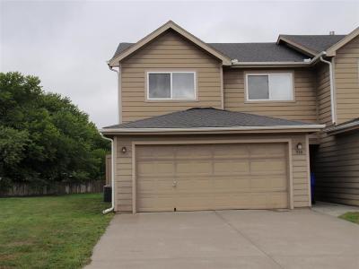 Junction City Single Family Home For Sale: 910 Kramer Court