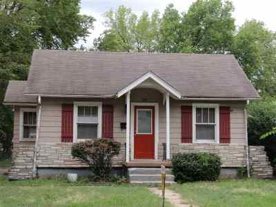 Junction City Single Family Home For Sale: 837 W 7th