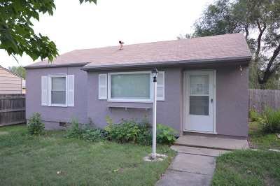 Junction City Single Family Home For Sale: 611 W Spruce Street