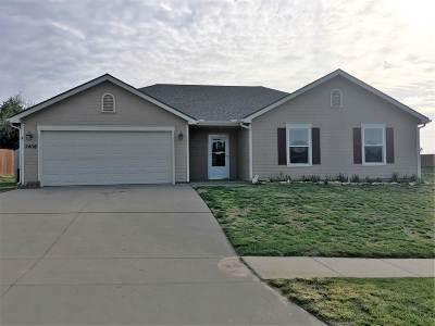 Junction City Single Family Home For Sale: 2408 Fox Sparrow Court