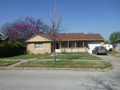 Dickinson County Single Family Home For Sale: 707 N D Street