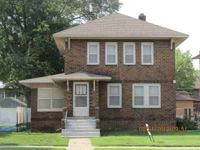 Single Family Home For Sale: 231 W 6th