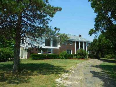 Herington Single Family Home For Sale: 467 Us Hwy 77