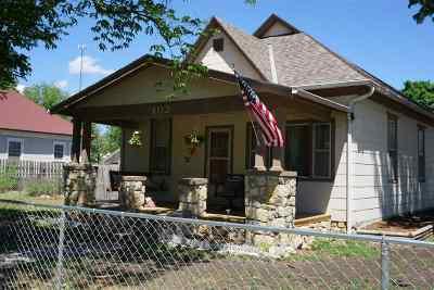 Herington Single Family Home For Sale: 405 N D Street