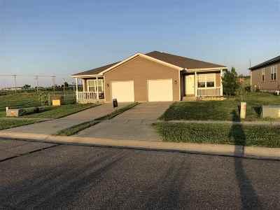 Multi Family Home For Sale: 2121-2123 Killdeer
