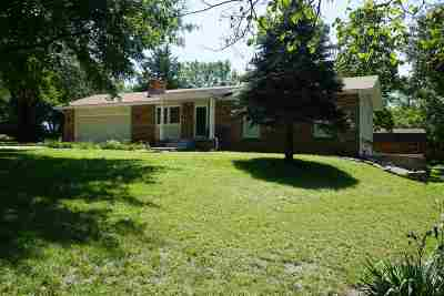 Single Family Home For Sale: 3513 Cedar Lane