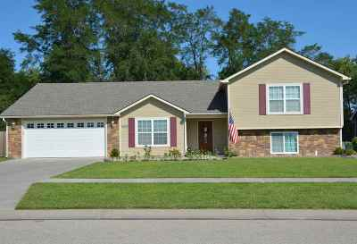 Single Family Home For Sale: 1409 Forest Park Lane