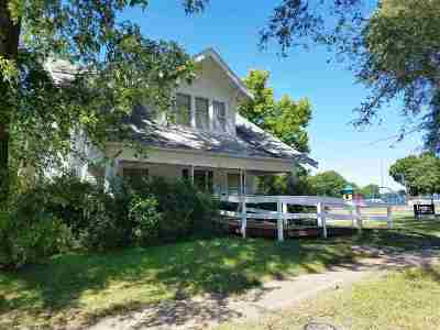 Riley Single Family Home For Sale: 103 S Hassebroek Street