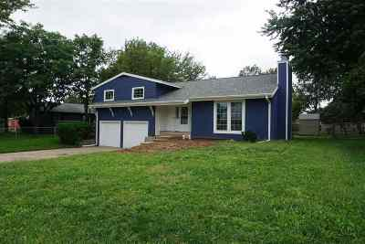 Manhattan Single Family Home For Sale: 1309 Frontier Lane
